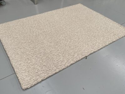 (52) 1.7m x 2.4m Pebbles